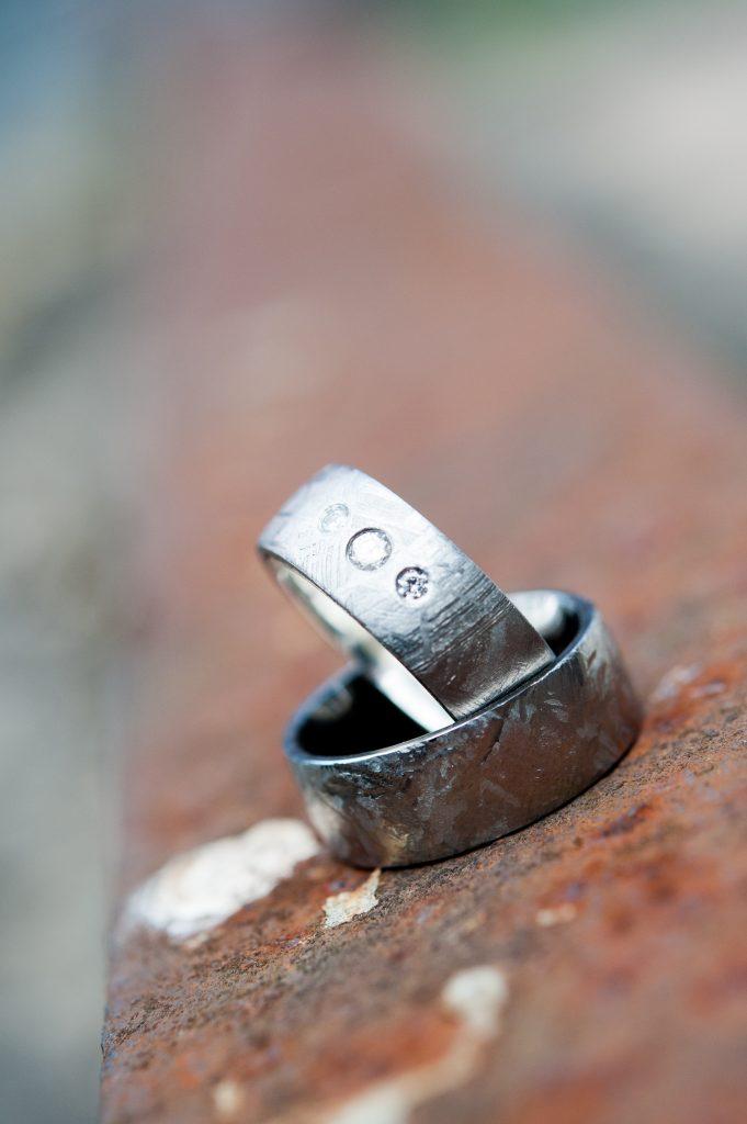 Hochzeitsringe_Meteorit (1)