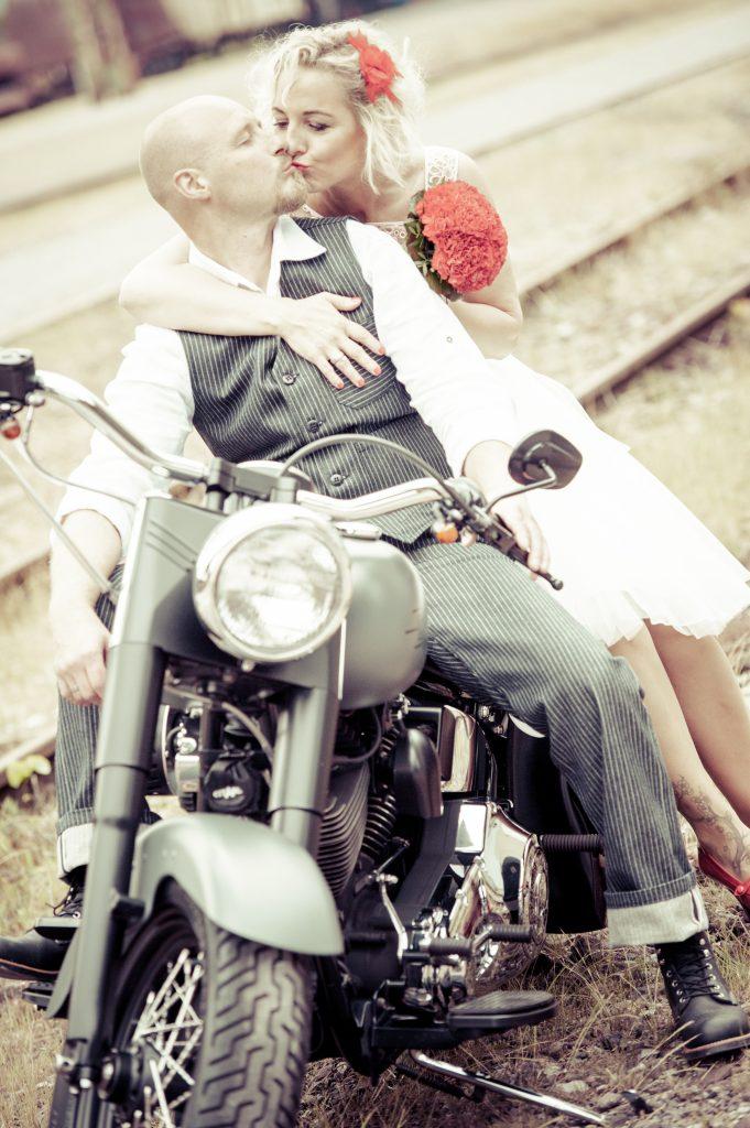 Hochzeitsfoto_Harley_Davidson
